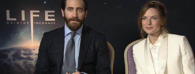 Jake Gyllenhaal et Rebecca Ferguson s'amusent pendant la promo de LIFE - interview