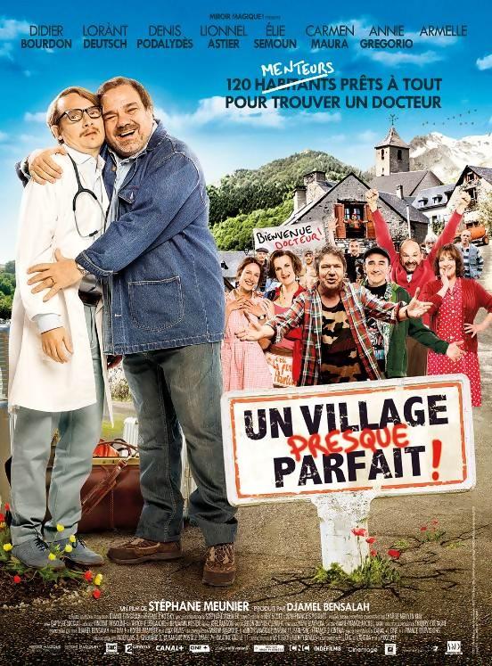 Un village presque parfait, affiche