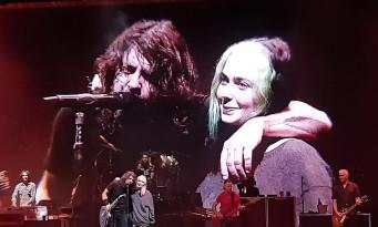 Foo Fighters : Dave Grohl sur scène avec sa fille Violet à Leeds. Séquence émotion !