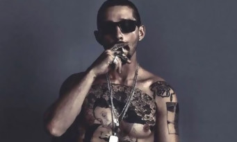 Shia LaBeouf s'est réellement fait tatouer le torse pour le film The Tax Collector