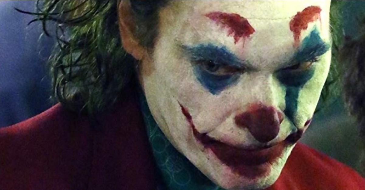 Joker Joaquin Phoenix Dement Et Incroyable Dans La