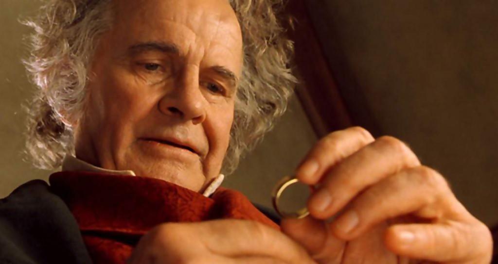 Ian Holm, l'interprète de Bilbo Baggins, est mort