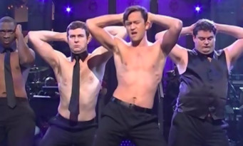 Magic Mike : la parodie sexy avec Joseph Gordon-Levitt